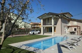 Photo 1 - Villa in Peschiera del Garda mit privater pool
