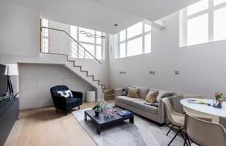 Photo 1 - Stukeley Street Apartment 1