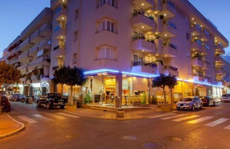 Photo 1 - Aparthotel Duquesa Playa