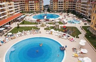 Photo 1 - PMG Royal Sun Apartments