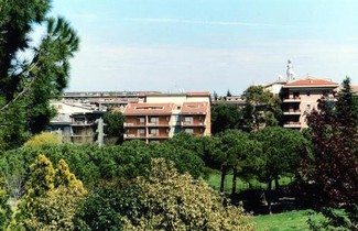Photo 1 - Eur Nir Residence