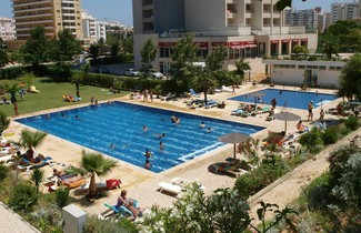 Photo 1 - Apartamentos Jardins da Rocha