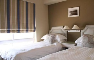 Photo 1 - Cape Town Beachfront Apartments At Leisure Bay