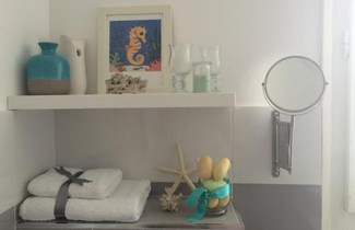 Apartment White Owl 1