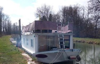 Photo 1 - Boot in Dom-le-Mesnil mit privater pool