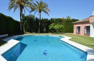 Photo 1 - Villa in Marbella mit terrasse
