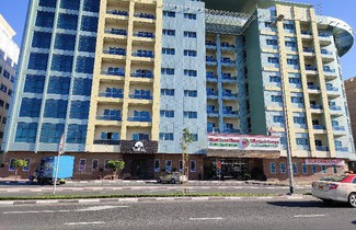 Photo 1 - West Zone Plaza Hotel Apartment (Formerly Winchester Hotel Apts)