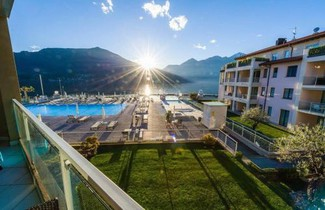 Photo 1 - Apartment in Maccagno con Pino e Veddasca mit schwimmbad