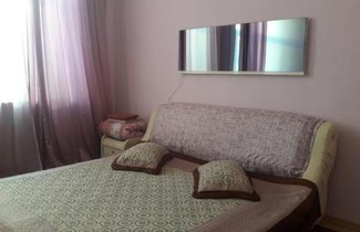Apartment on Svetlanskaya 7 1