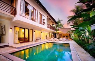 Photo 1 - The Royal Palm Villa