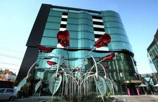Photo 1 - Emirates Apart Residence