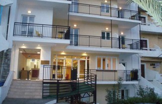 Foto 1 - Haris Apartments