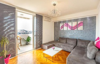 Apartment Laly 1