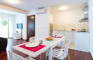 Apartments Lotos 1