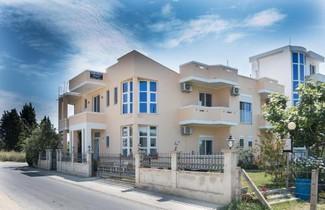 Photo 1 - Apartments Sija