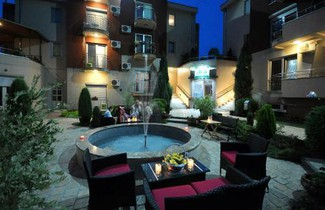 Photo 1 - Apartments Iwa Centar