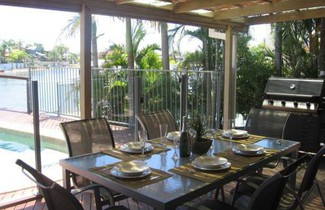 Saltwater Villas - Pet Friendly Accommodation 1