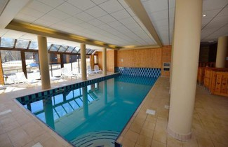 Foto 1 - Apartment in Risoul with swimming pool