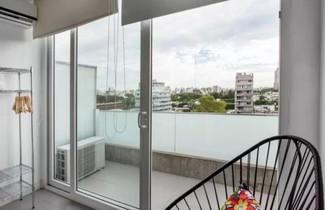 Photo 1 - BA Hollywood Apartments