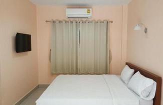 Foto 1 - Jirasin Hotel & Apartment