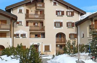 Photo 1 - Apartment Chesa Polaschin B - B6