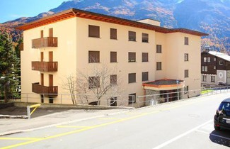 Photo 1 - Apartment Chesa Romantica 17