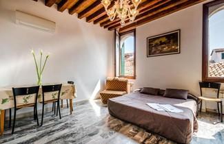 Foto 1 - Venice Apartments