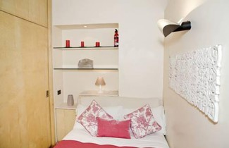 Spanish Steps Gea Apartments 1