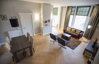 Laura Apartments 1
