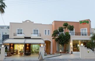 Photo 1 - Nontas Hotel Apartments