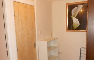 Photo 1 - Alexandra Heights 2 Bedroom Apartment
