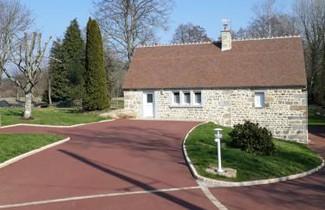 Photo 1 - Haus in Sainte-Marguerite-de-Carrouges mit terrasse