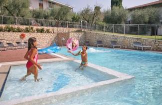 Foto 1 - Aparthotel in Garda with swimming pool