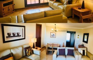 Foto 1 - Apartment on The Beach Front with Free Fiber Internet and Air Conditioning