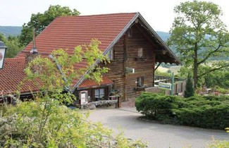 Photo 1 - Kastanienhof Apartment und Restaurant
