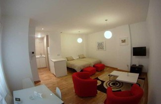 Apartamentos Debambu 1