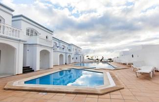Apartamentos Corona Mar 1