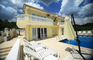 Photo 1 - Villa Emloti
