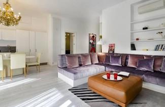 San Babila Halldis Apartments 1
