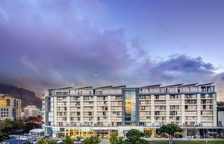 Photo 1 - Harbouredge Apartments