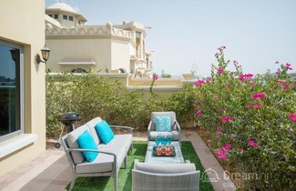Dream Inn Dubai - Signature Villa 1