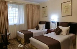 Photo 1 - Al Muraqabat Plaza Hotel Apartments