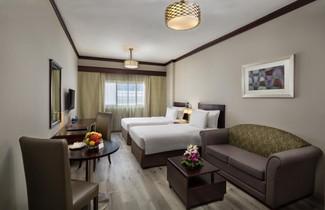 Photo 1 - Savoy Crest Hotel Apartment