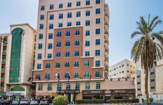 Photo 1 - Ruwi Hotel Apartments, Sharjah