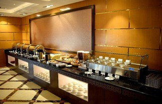 Photo 1 - Emirates Stars Hotel Apartments