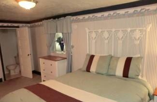 Photo 1 - Seaside Manor