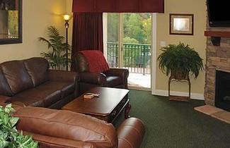 Summit Manor Condominiums 1