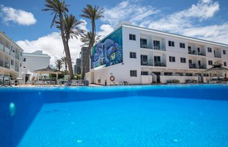 Photo 1 - Corralejo Surfing Colors Hotel&Apartments