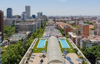 Foto 1 - Apartment in Madrid with swimming pool