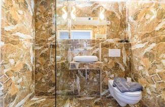 Enzo Capo Luxury Suites Andrassy 1